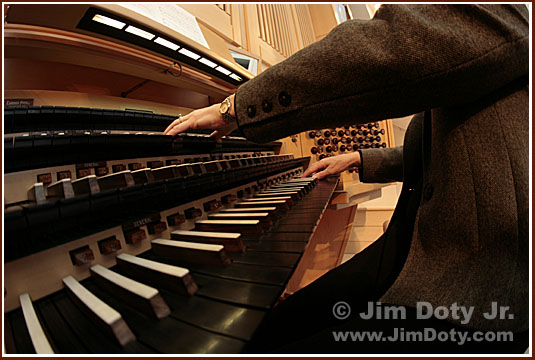 Organ. Photo copyright Jim Doty Jr.