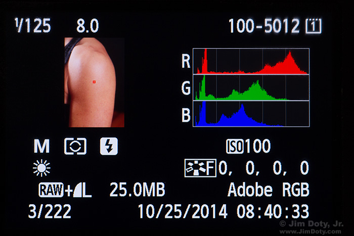 Histogram with a good red channel.