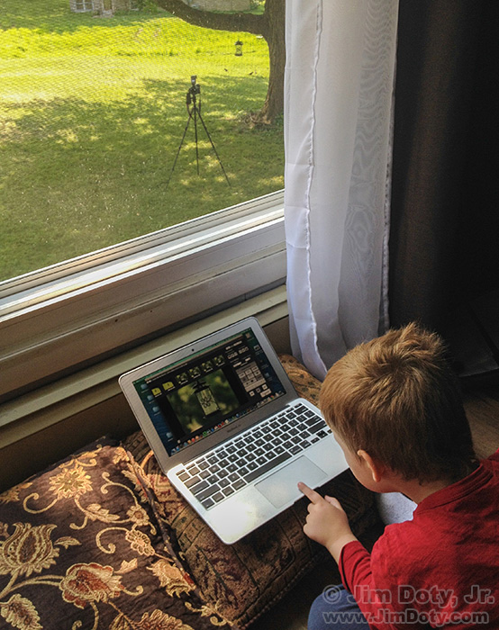 Wireless control of a camera using a laptop and CamRanger.