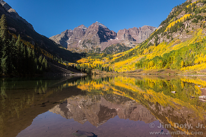 Maroon Bells and Maroon Lake. Mid-morning. September 24, 2015.
