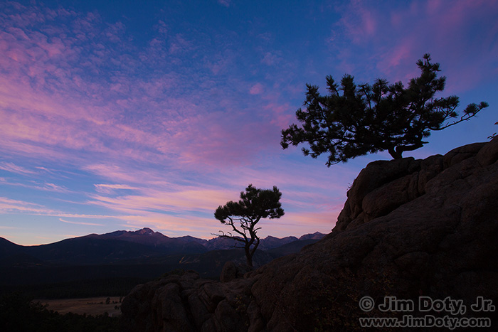 Dawn, scenic overlook. Rocky Mountain National Park.