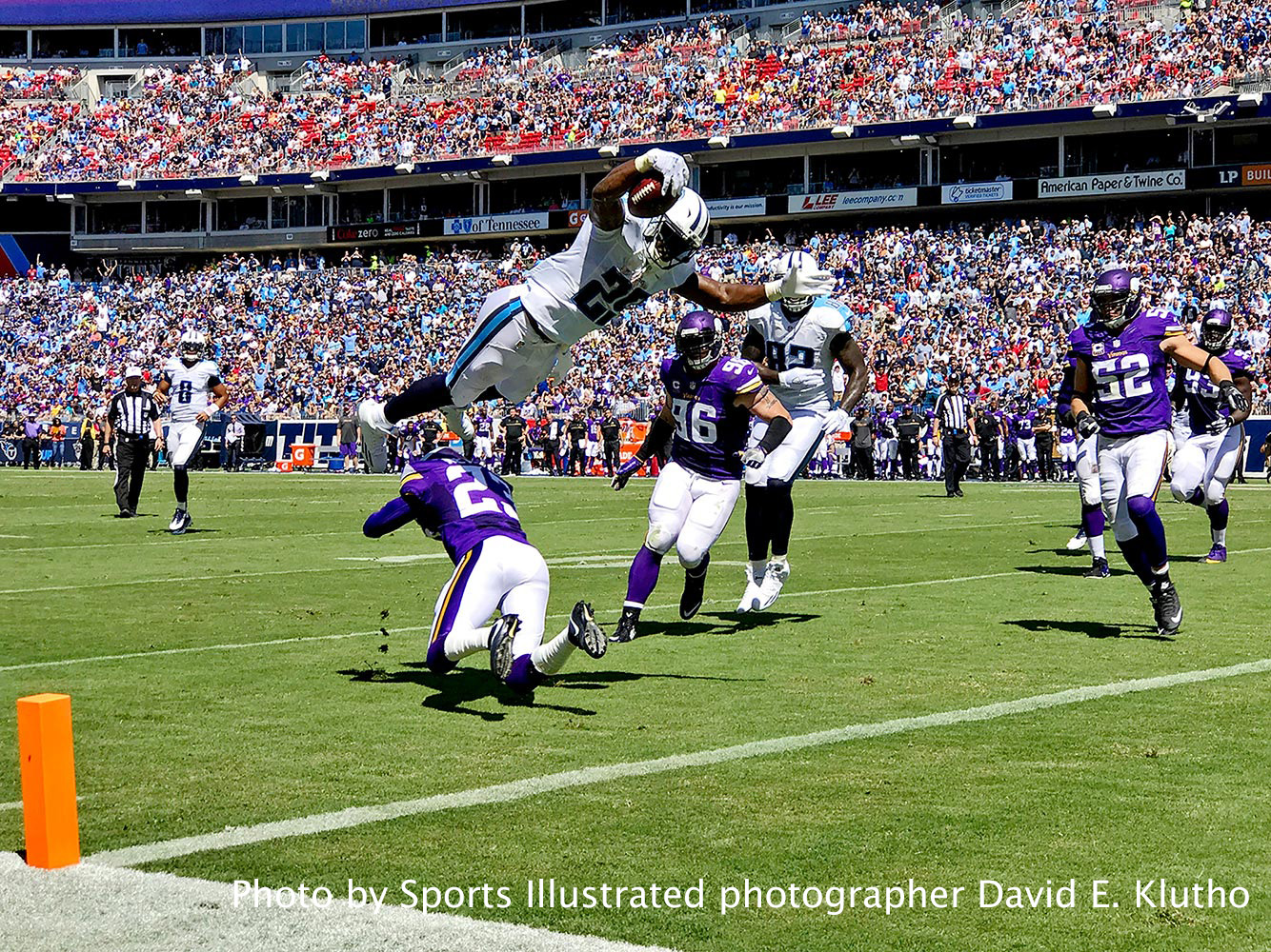 Tennessee-Titans-Minnesota-Vikings-game. Photo by Sports Illustrated photographer David E. Klutho.