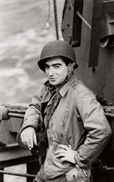 Robert Capa and D-Day, June 6, 1944 | Blog.JimDoty.com